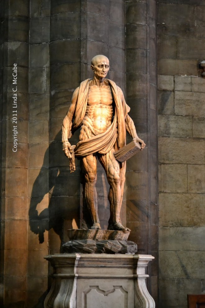 saint-bartholomew statue-1