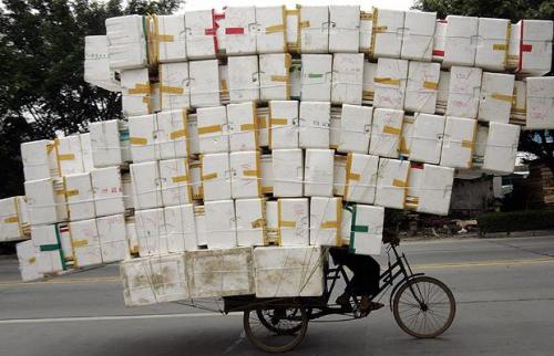 tricycle carrying polystyrene