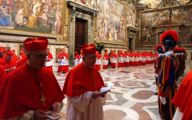 cardinals-and-swiss-guards