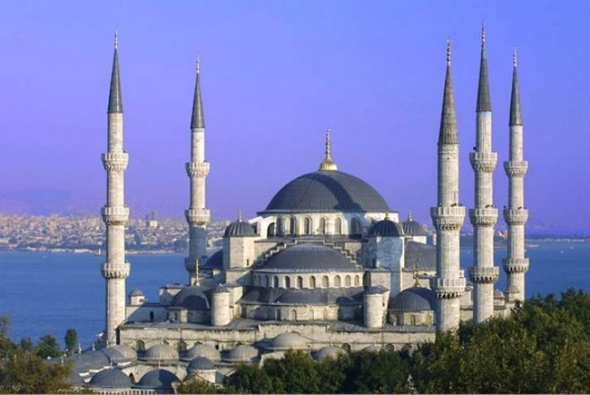 istanbul-sultan ahmed mosque-exterior-2