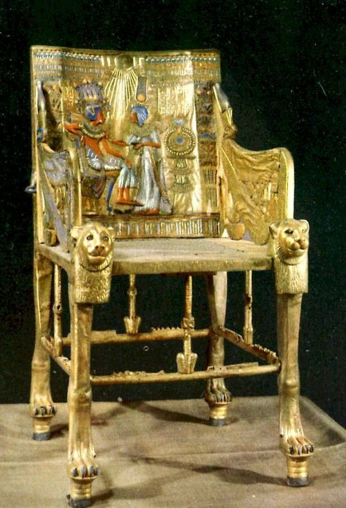 throne-king tut-1