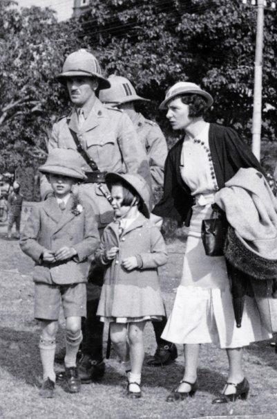 British family in india