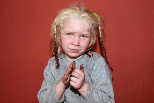 Little-girl-found-in-a-Roma camp