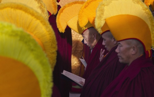 buddhist yellow hats-2
