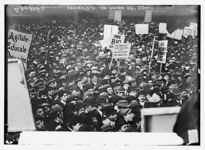 crowd 1900s