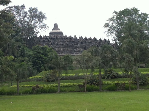 Borobodur from Manohara 002