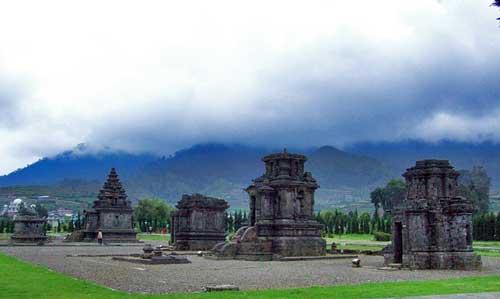Dieng plateau temples 000