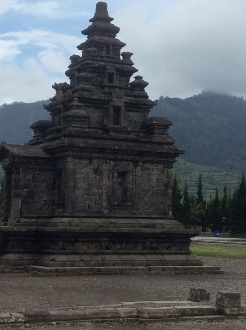 Dieng plateau temples 002