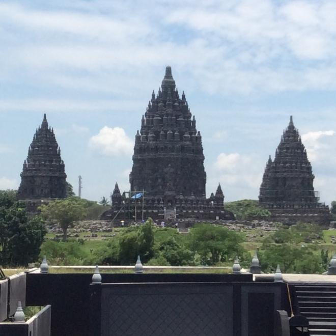 Prambanan temple 002
