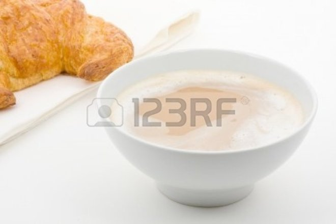 cafe-au-lait-with-croissant