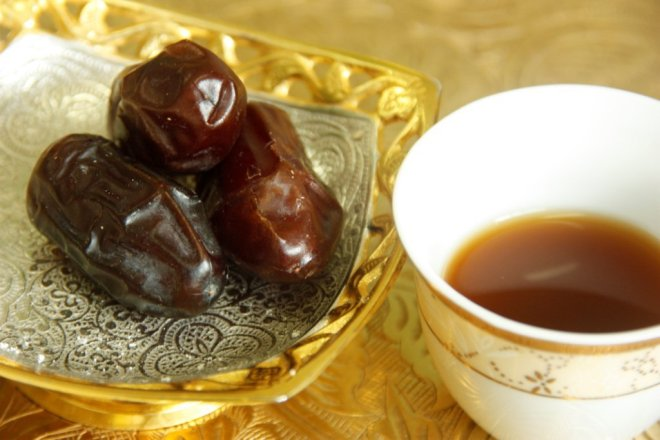 dates and coffee cup