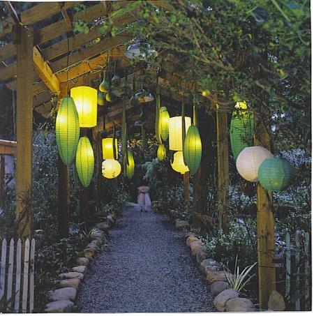green chinese lantern