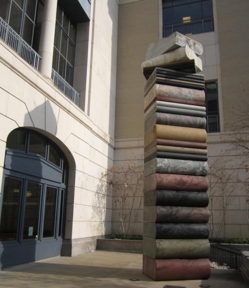 nashville-public-library-book-statue