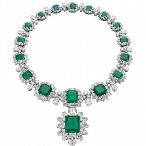 emerald necklace elizabeth-taylor