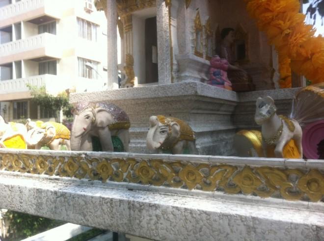 spirit house big-elephants