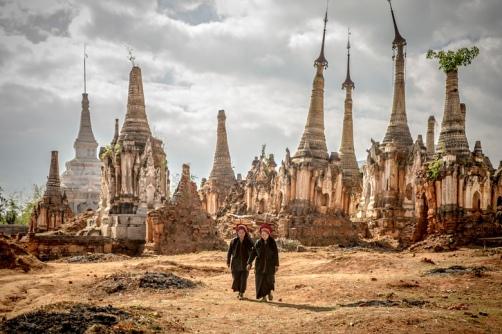 Shwe Indein Pagoda, Inle Lake, Burma