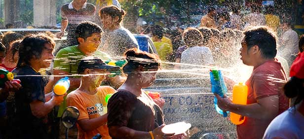 water-festival-in-thailand-4
