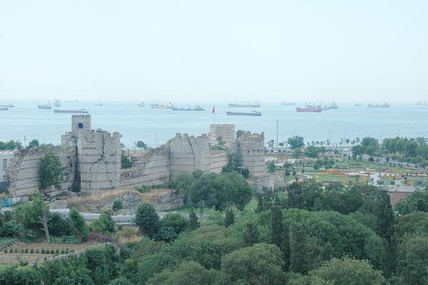 golden gate theodosian walls istanbul
