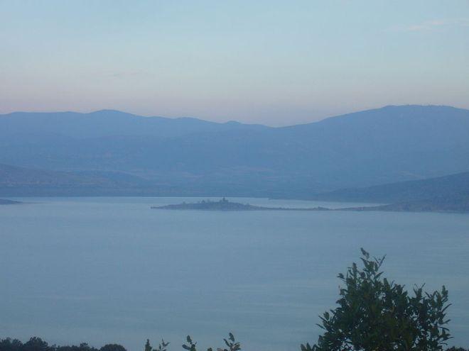 lake Vegoritida