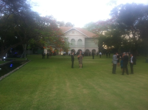 lawn of embassy 002