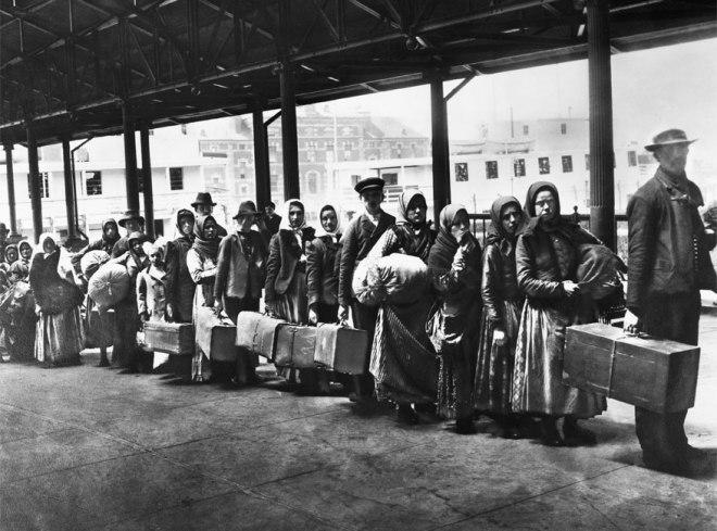 immigrants at Ellis Island