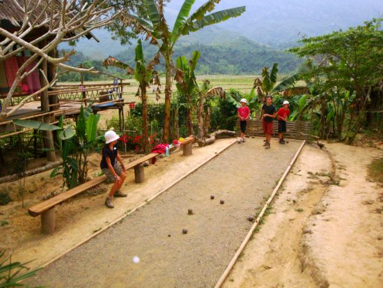petanque in Laos